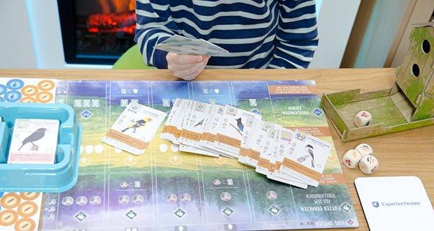 Feuerland Spiele Flügelschlag Brettspiel im Test - wechselnde Aufgaben und individuelle Zielkarten bringen viel Abwechslung ins Spiel