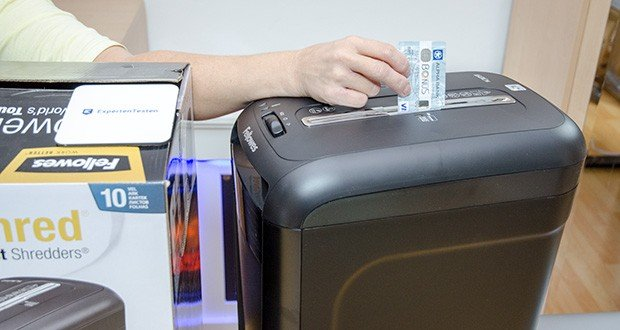 Fellowes Aktenvernichter Powershred 60Cs im Test - Schneidet auch: Heftklammern, Büroklammern, Kreditkarten, CDs