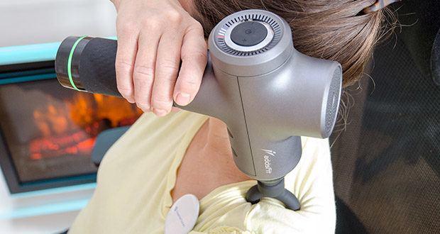 addsfit Massagepistole Max im Test - verfügt über neun Geschwindigkeitsstufen: 1700, 1900, 2100, 2300, 2500, 2700, 2900, 3100 und 3300 Schläge pro Minute