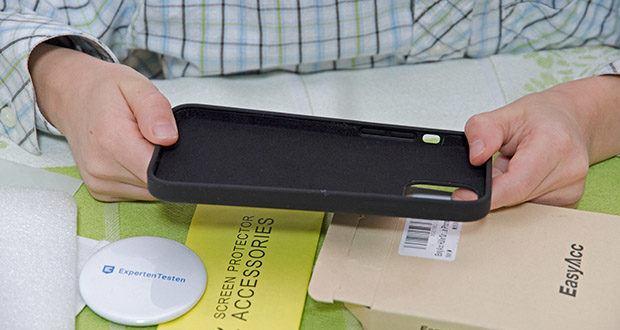 EasyAcc IPhone 12 Hülle schwarz im Test - Ausschnitte kompatibel mit Lautsprecher, Kamera und anderen Anschlüsse