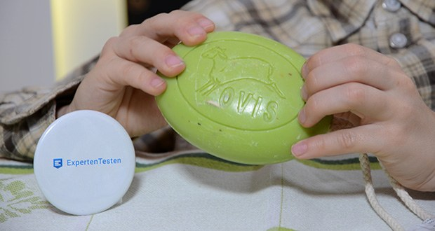 Ovis Schafmilchseife Eisenkraut mit Kordel im Test - dank der antiseptischen und enzündungshemmenden Eigenschaften ist die Schafmilchseife Herz auch zur Behandlung von Akne und Stärkung des Bindegewebes geeignet