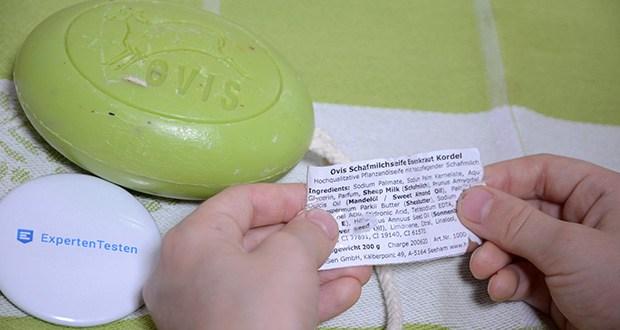 Ovis Schafmilchseife Eisenkraut mit Kordel im Test - der Inhaltsstoff glättet die Haut und sorgt dafür, dass sie sich nach Irritationen durch Umweltverschmutzung und Sonnenschäden wohl fühlt