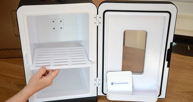 Kealive Mini Kühlschrank im Test - das herausnehmbare Regal macht kleine Gegenstände