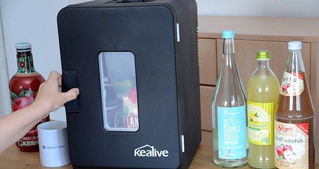Kealive Mini Kühlschrank im Test - verfügt über einen durchdachten Verriegelungsgriff, um die Tür dicht zu halten und die Innentemperatur aufrechtzuerhalten