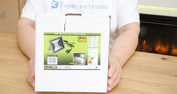 Chilitec LED-Fluter SlimLine CTF-SLT30 im Test - die kräftigen SMD LEDs lassen die Nacht zum Tag werden