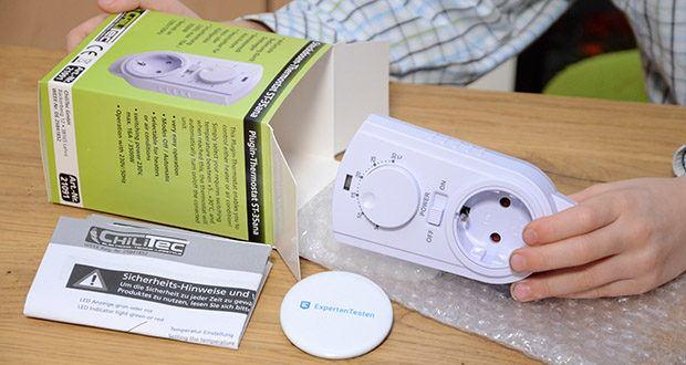 Chilitec Steckdosen-Thermostat ST-35 ana im Test - Maße: H 128mm x B 68mm x T 42mm (Aufbau wenn in Steckdose)