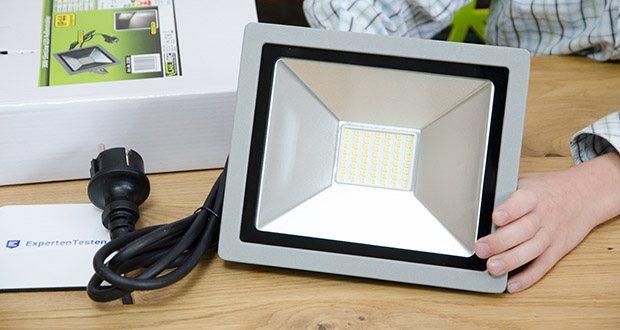 Chilitec LED-Fluter SlimLine CTF-SLT30 im Test - Energieeffizienzklasse A, Verbrauch / 1000h 30kWh