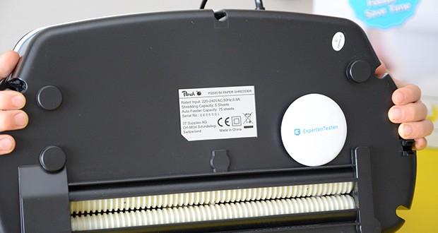 Peach Altenvernichter PS500-50 im Test - das Papier wird vom Gerät vertikal und horizontal geschnitten