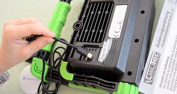 Chilitec Akku LED Baustrahler BSA-20 im Test - matte Acrylfront zwecks geringerer Blendung • integrierter Li-Ion Akku 3,7V/5000mAh