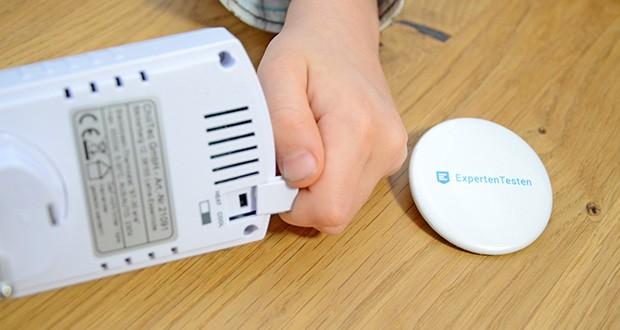Chilitec Steckdosen-Thermostat ST-35 ana im Test - Abdeckung noch oben schieben - Wahlschalter heiß/kalt befindet sich unter der Abdeckung