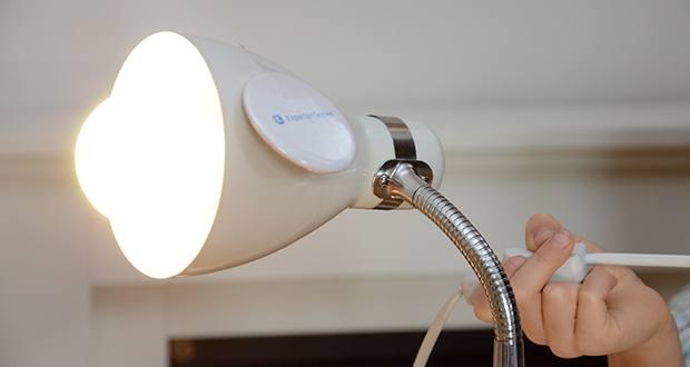 """Chilitec LED Glühlampe E27 RA95 im Test - diese LED Lampe bietet mit ihrem flimmerfreien Licht und exzellentem Farbwiedergabewert von RA95 eine Atmosphäre, die der Behaglichkeit der """"guten alten Glühbirne"""" schon verdammt nahe kommt"""