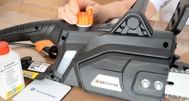Deltafox Elektro-Kettensäge DG-ECS1830 im Test - dank des Ölstandfensters kann jederzeit der Ölstand, der Kettensäge mit automatischer Kettenölschmierung, geprüft werden