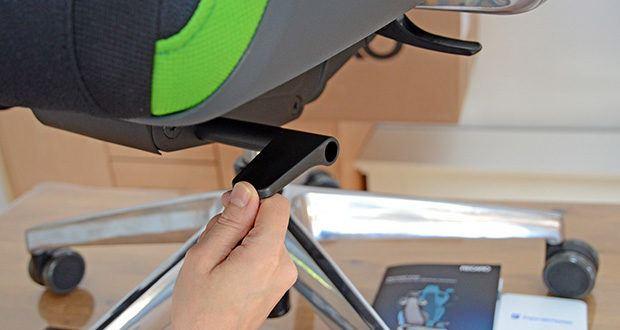 Recaro Gamingstuhl Exo FX im Test - die Sitzhöhe kann jederzeit stufenlos auf die von dir gewünschte Sitzhöhe eingestellt werden. Damit eignet sich der Sitz für Gamer fast jeder Größe
