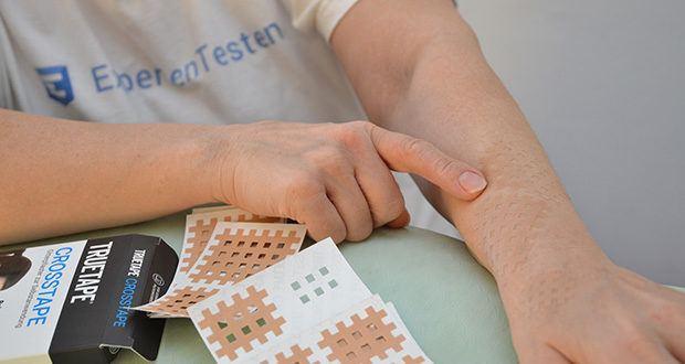 Truetape Crosstapes Pflaster im Test - in der Physiotherapie schon lange verwendet, von TRUETAPE® optimiert für die einfache Anwendung zu Hause!