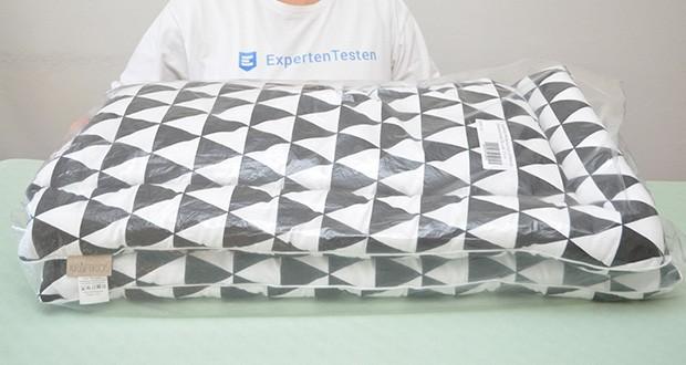 KraftKids Wickelauflage in schwarze Dreiecke im Test - die perfekte Größe: 75 x 70 cm