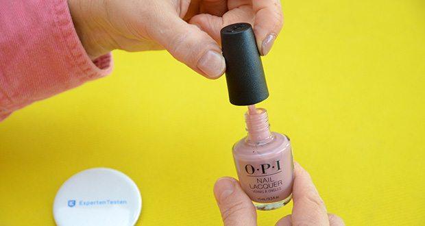 OPI Nail Lacquer Nagellack im Test - mit dem exklusiven OPI ProWide™ Pinsel ausgestattet