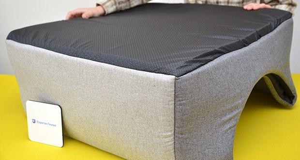 Rexproduct Up and Down Premium Hundehütte & Hundebett im Test - die Unterseite des Hundebettes ist rutschfest