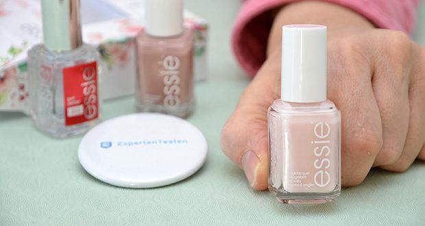 """Essie Nagellack-Geschenkset """"Goodbye Miss. Hello Mrs."""" Im Test - Farblack in 2 unterschiedlich schillernden Rosé-Tönen"""