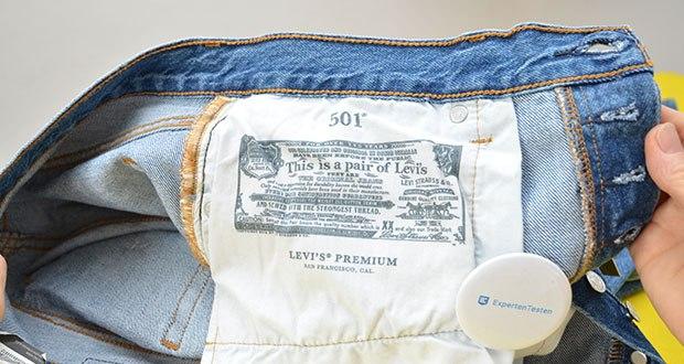 Levi's Damen 501 Crop Straight Jeans im Test - der legendäre Two Horse Patch steht für die Stärke und Qualität