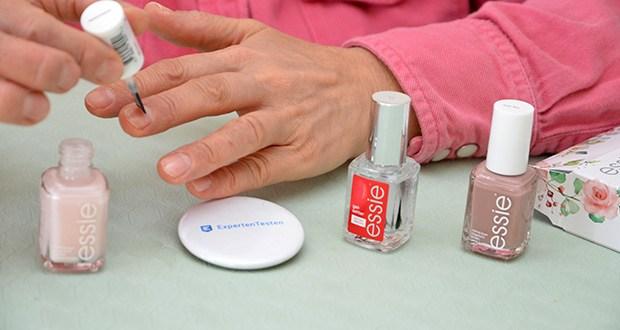 """Essie Nagellack-Geschenkset """"Goodbye Miss. Hello Mrs."""" Im Test - perfekt zum Kombinieren mit allen weiteren essie Nagellacken und essie Nagelpflege-Produkten"""