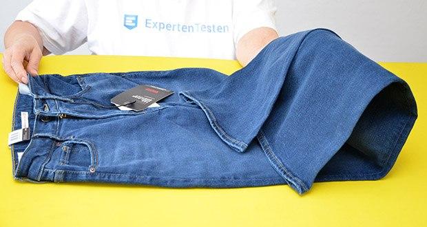 Levi's Damen 725 High Rise Bootcut Jeans im Test - klassische, Bein-verlängernde Form