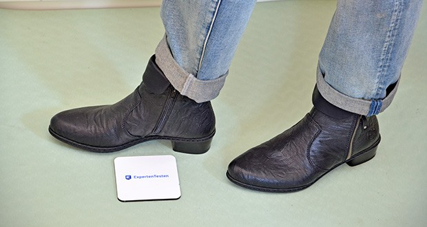Rieker Damen Mode-Stiefel im Test - eine Passform, die dort Raum bietet, wo sich das Volumen der Füße im Lauf des Tages vergrößert