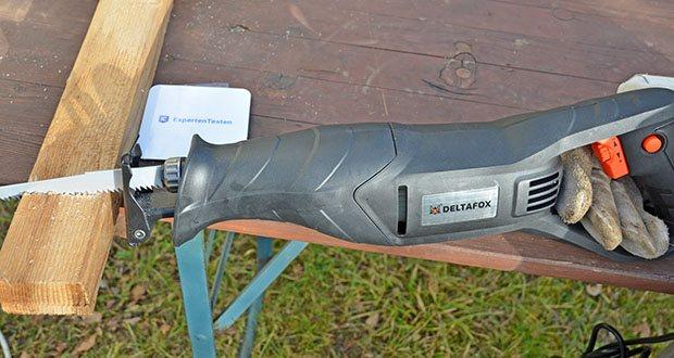 Deltafox Elektro Säbelsäge DP-ERS 8010 im Test - Säge ganz einfach auch dicke Bretter mit der DELTAFOX Säbelsäge