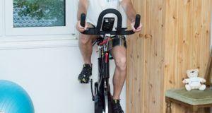 Der Geschichtenstart des Spinning Bikes im Test
