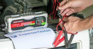 Welche Arten von Batterieladegeräten gibt es im Test und Vergleich?