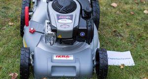 Wie funktioniert ein Benzinrasenmäher im Test?