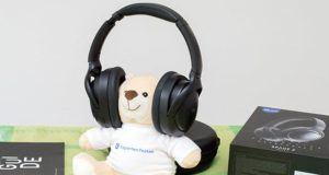So haben wir die Kopfhörer bei Expertentesten verglichen und getestet