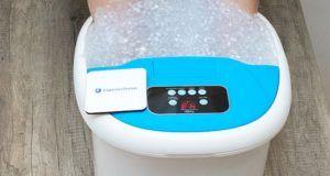 Welche ätherische Öle, Kräuter und andere Badezusätze gibt es für das Fußbad im Test?