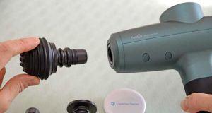 Diese Vor-und Nachteile schildern Kundenrezensionen einer Massagepistole im Vergleich