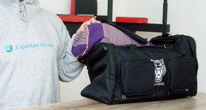 Was sind die wichtigsten Pflegetipps für die Sporttasche im Test und Vergleich?