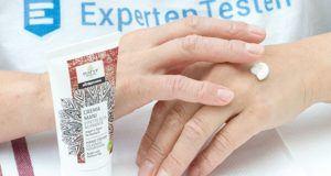 Nach diesen Testkriterien vergleichen und testen wir eine Handcreme