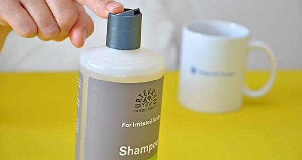 Urtekram Teebaum Shampoo Bio im Test - in pflanzenbasierte Verpackungen abgefüllt