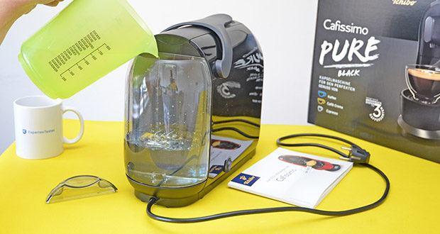 Tchibo Kapselmaschine Cafissimo Pure im Test - abnehmbarer Kaffeeauslauf für optimale Reinigungsmöglichkeiten