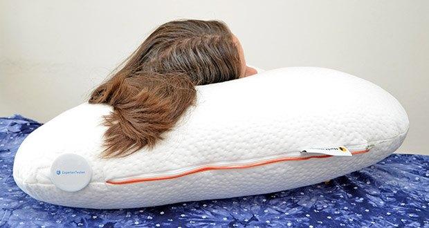Nachtwaechter Seitenschläfer- und CPAP Kissen LINA im Test - Dank der orthopädisch optimierten Nacken-Zone und der hochwertigen Kissen-Füllung liegen Sie immer ergonomisch richtig, gemütlich und komfortabel