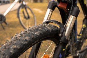 Welche Arten von MTB Reifen gibt es in einem Testvergleich?