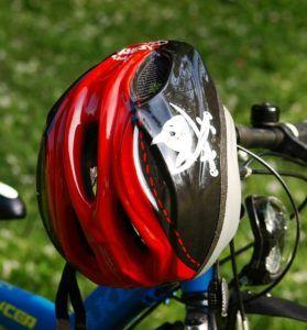 Aus welchem Material sind die Fahrradhelme Baby gefertigt?