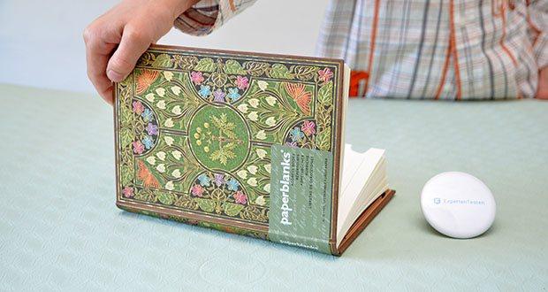 Paperblanks Blühende Poesie Adressbuch im Test - verfügt über ein seidenes Lesebändchen, die speziell auf das Einbandmotiv abgestimmt ist