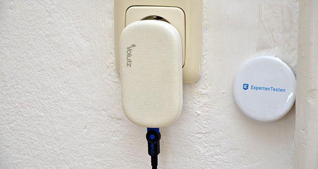 Volutz Quantum 20W USB-C Ladegerät im Test - liegt flach an der Wand