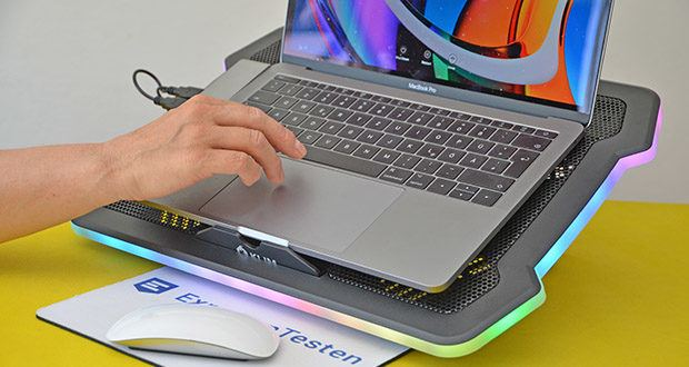 KLIM Ultimate Laptop-RGB-Kühler im Test - mit allen Laptops bis 17 Zoll kompatibel, so dass Du dir keine Sorgen um die Größe machen musst