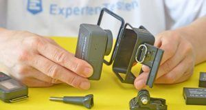 Die Vorrichtungen zum Ein- und Ausschalten der Action Cam.