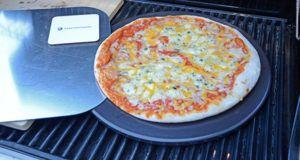 Verarbeitung und Pressung von Pizzasteinen im Test und Vergleich