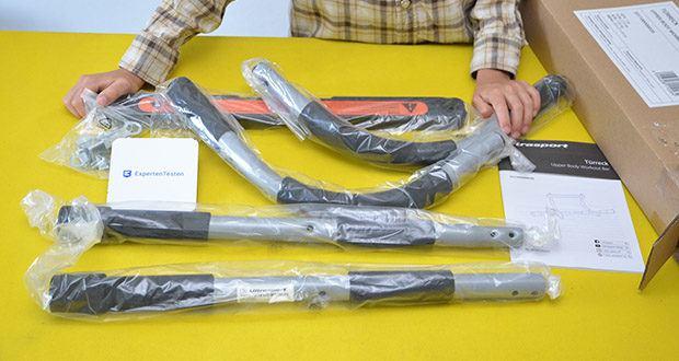 Ultrasport Klimmzugstange im Test - Material: robuste, strapazierfähige Stahlkonstruktion, Handgriffe aus hochwertigem Schaumstoff