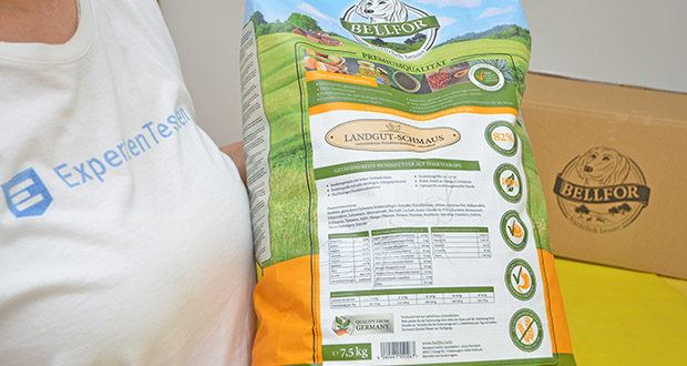 Bellfor Hypoallergenes Landgut-Schmaus Hundefutter im Test - Zusammensetzung: Insekten, getrocknet (Schwarze Soldatenfliege), Kartoffel (gemahlen), Kartoffelstärke, Erbsen (gemahlen), tierisches Fett, Süßkartoffeln (gemahlen), Johannisbrot, Leinsamen, Mineralstoffe, Bierhefe, Lachsöl, Inulin (Quelle für FOS), Karotten (gemahlen), Brennnessel, Echinacea, Tomaten (gemahlen), Apfel (gemahlen), Mango (gemahlen), Pflaume (gemahlen), Banane (gemahlen), Thymian, Basilikum, Spirulina, Cranberry, Sellerie, Yucca-Schidigera-Pulver