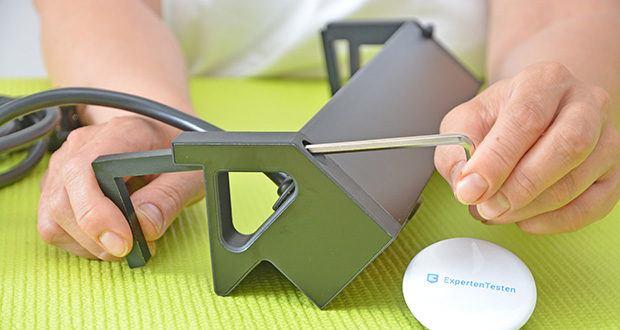 Elbe Inno klemmbare Tischsteckdose im Test - kann auf bis zu 50 mm dicke Tischplatten klemmen