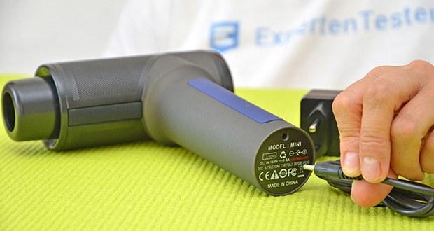 Orthomechanik OrthoGun 2.0 Massagepistole im Test - Batterie ist eine der größten auf dem Markt (3400 mAh)