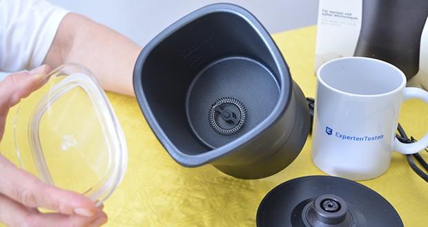 Tchibo Elektrischer Milchaufschäumer schwarz im Test - Edelstahlbehälter mit antihaftbeschichteter Innenseite für leichtes Reinigen
